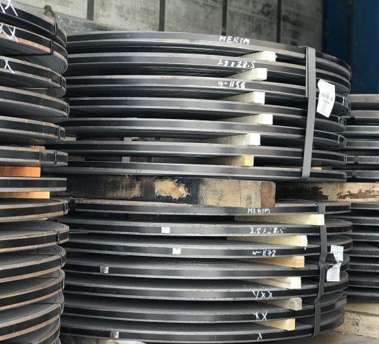 Порізка рулонної сталі